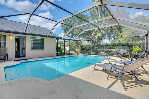 3221-Oakwood-Pl.-Tarpon-Springs--FL-34688--28--Pool-1---2.jpg