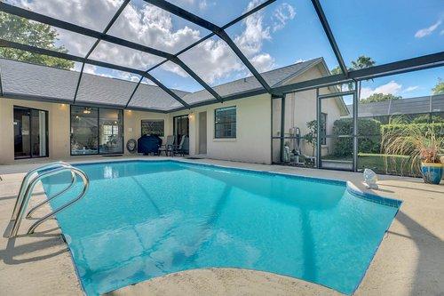 3221-Oakwood-Pl.-Tarpon-Springs--FL-34688--29--Pool-1---3.jpg