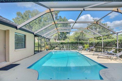 3221-Oakwood-Pl.-Tarpon-Springs--FL-34688--30--Pool-1---4.jpg
