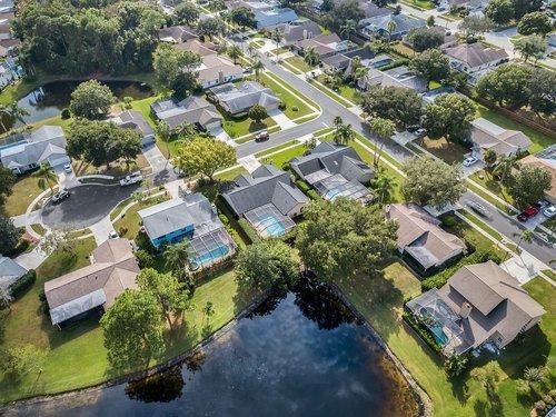 3221-Oakwood-Pl.-Tarpon-Springs--FL-34688--37--Aerial-1---6.jpg