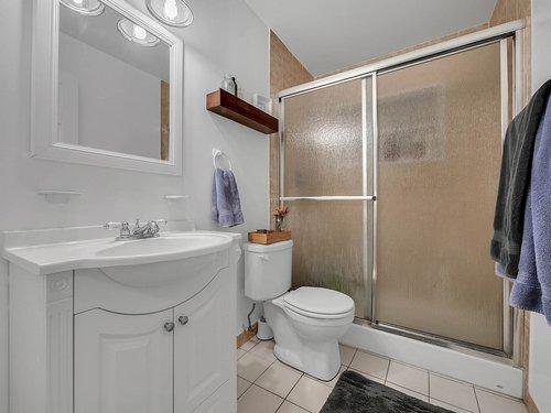 521-Howard-Ave--Altamonte-Springs--FL-32701----24---Bathroom.jpg