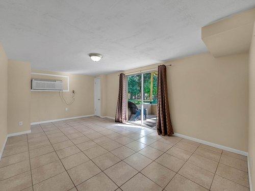 521-Howard-Ave--Altamonte-Springs--FL-32701----25---In-Law-Suite.jpg