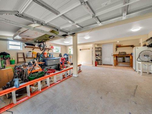 521-Howard-Ave--Altamonte-Springs--FL-32701----37---Garage.jpg