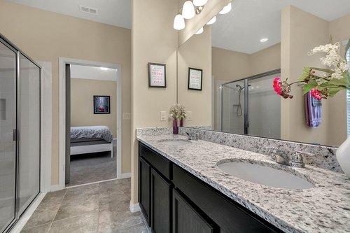 10260-Spring-Shores-Drive--Winter-Garden--FL-34787----13---Master-Bathroom.jpg