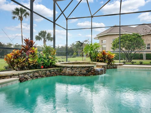 2115-Alaqua-Lakes-Blvd--Longwood--FL-32779----06---Pool.jpg