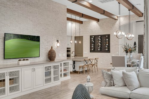 8137-Via-Vittoria-Way--Orlando--FL-32819----06---Family-Room.jpg