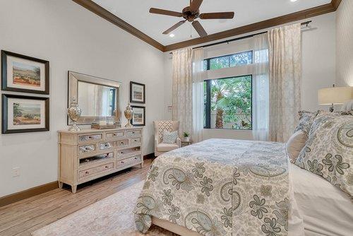 8137-Via-Vittoria-Way--Orlando--FL-32819----18---Master-Bedroom.jpg