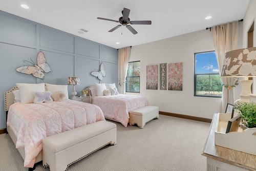 8137-Via-Vittoria-Way--Orlando--FL-32819----26---Bedroom.jpg