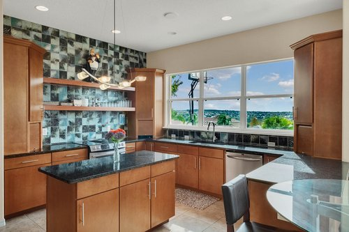 12245-Still-Meadow-Dr--Clermont--FL-34711----08---Kitchen.jpg