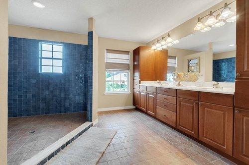 12245-Still-Meadow-Dr--Clermont--FL-34711----17---Master-Bathroom.jpg