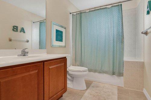 12245-Still-Meadow-Dr--Clermont--FL-34711----20---Bathroom.jpg