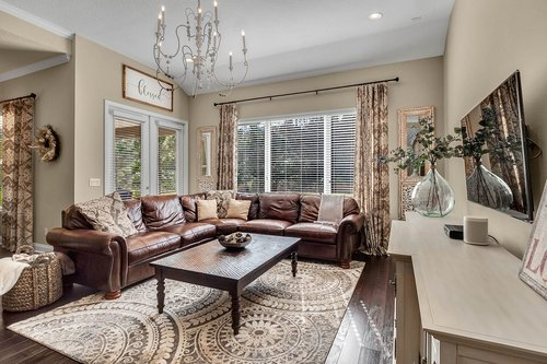 10680-Warlow-Creek-St--Orlando--FL-32832----10---Family-Room.jpg