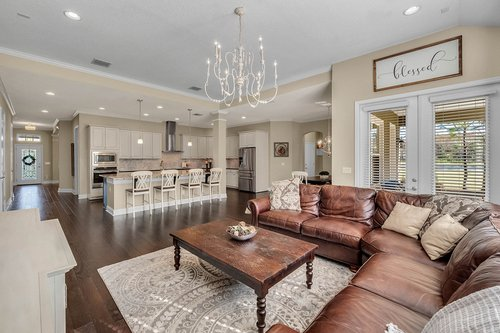 10680-Warlow-Creek-St--Orlando--FL-32832----12---Family-Room.jpg