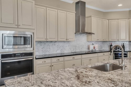 10680-Warlow-Creek-St--Orlando--FL-32832----18---Kitchen.jpg
