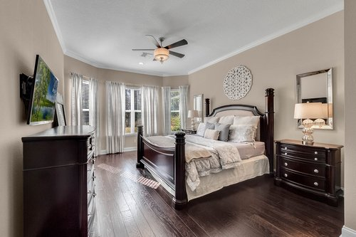 10680-Warlow-Creek-St--Orlando--FL-32832----22---Master-Bedroom.jpg