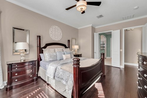 10680-Warlow-Creek-St--Orlando--FL-32832----23---Master-Bedroom.jpg
