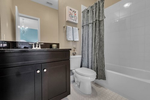10680-Warlow-Creek-St--Orlando--FL-32832----28---Bathroom.jpg