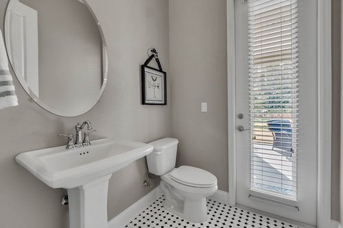 10680-Warlow-Creek-St--Orlando--FL-32832----32---Bathroom.jpg