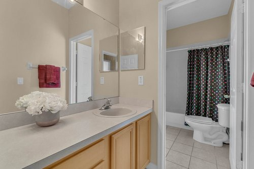 126-Blue-Stone-Cir--Winter-Garden--FL-34787----31---Bathroom.jpg