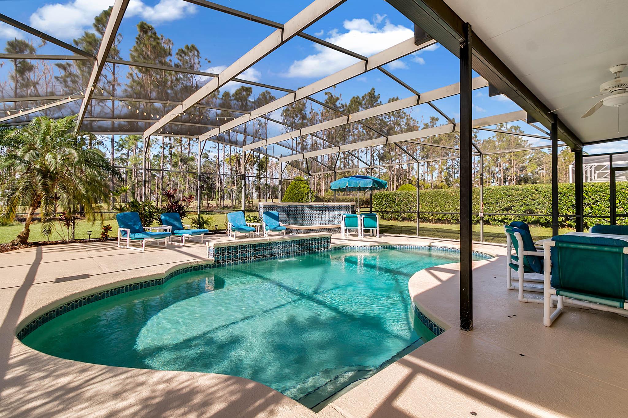229-N-Hampton-Dr--Davenport--FL-33897----05---Pool.jpg