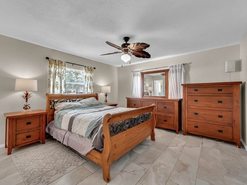 5700-Eggleston-Ave--Orlando--FL-32810----16---Master-Bedroom.jpg
