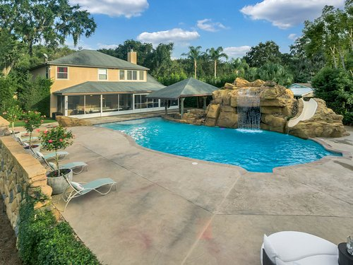 36131-Clear-Lake-Dr--Eustis--FL-32736---03---Pool.jpg