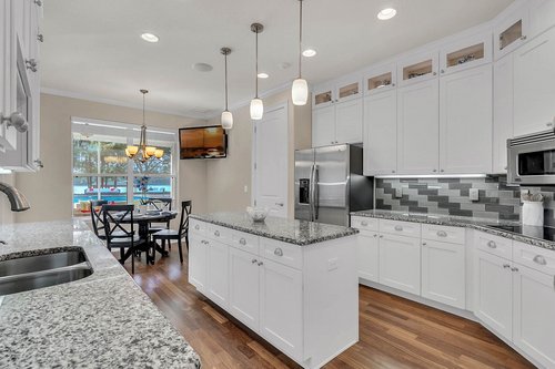 36131-Clear-Lake-Dr--Eustis--FL-32736---08---Kitchen.jpg