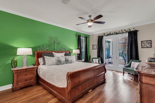 36131-Clear-Lake-Dr--Eustis--FL-32736---14---Master-Bedroom.jpg