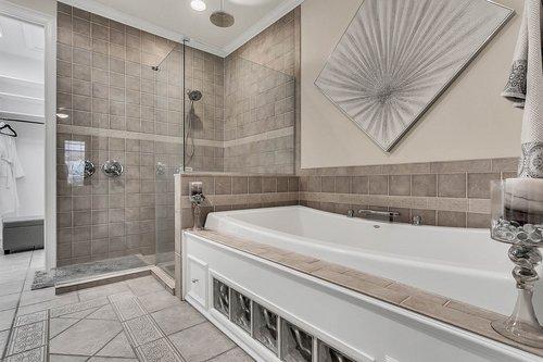 36131-Clear-Lake-Dr--Eustis--FL-32736---17---Master-Bathroom.jpg