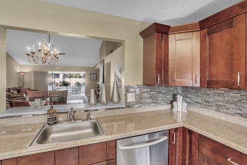15002-Redcliff-Dr.-Tampa--FL-33625--12--Kitchen-1----3.jpg