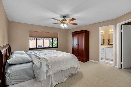 15002-Redcliff-Dr.-Tampa--FL-33625--18--Owner-s-Suite-1---1.jpg