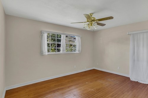 4322-S-Hubert-Ave.-Tampa--FL-33611--14--Bedroom-2.jpg