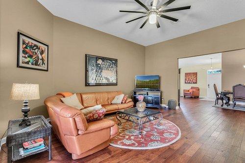 2856-Maracas-St--Clermont--FL-34711----12---Family-Room.jpg