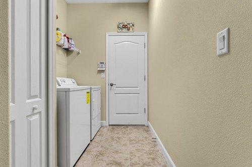 2856-Maracas-St--Clermont--FL-34711----25---Laundry.jpg