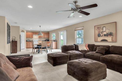 2956-Breezy-Meadow-Rd--Apopka--FL-32712----10---Family-Room.jpg