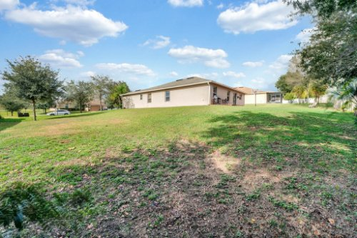 2956-Breezy-Meadow-Rd--Apopka--FL-32712----25---Backyard.jpg