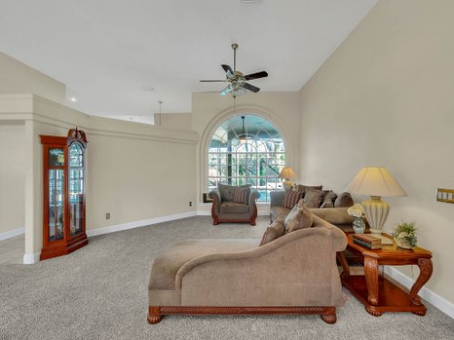 1151-Arbor-Glen-Cir--Winter-Springs--FL----06---Living.jpg