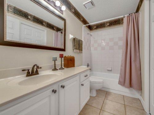1151-Arbor-Glen-Cir--Winter-Springs--FL----42---Bathroom.jpg