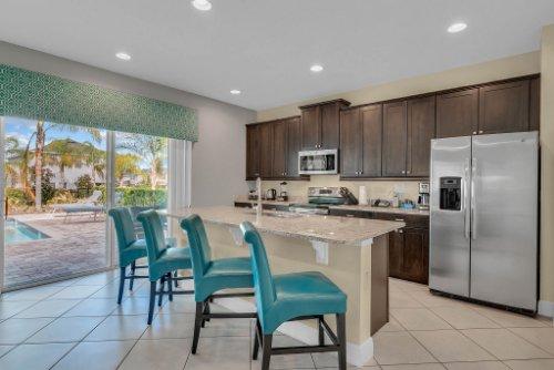 230-Minton-Loop--Kissimmee--FL-34747----10---Kitchen.jpg