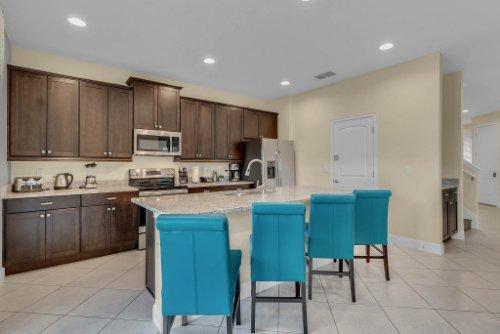 230-Minton-Loop--Kissimmee--FL-34747----11---Kitchen.jpg