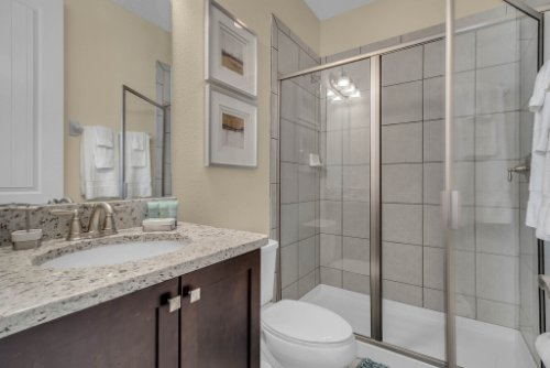 230-Minton-Loop--Kissimmee--FL-34747----24---Bathroom.jpg