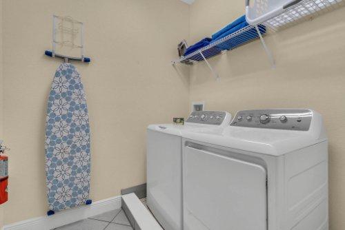 230-Minton-Loop--Kissimmee--FL-34747----28---Laundry.jpg