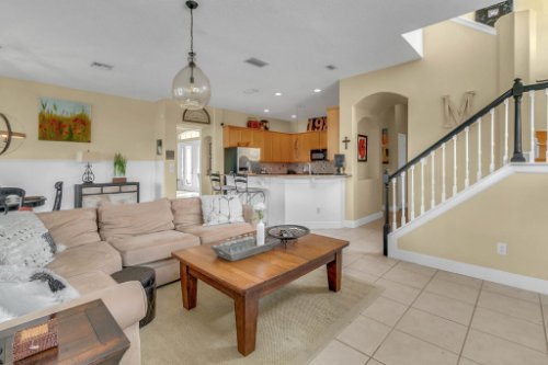 13025-Lake-Roper-Ct--Windermere--FL-34786---17---Family-Room.jpg