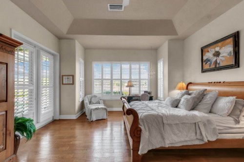 13025-Lake-Roper-Ct--Windermere--FL-34786---19---Master-Bedroom.jpg