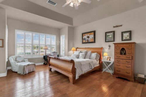 13025-Lake-Roper-Ct--Windermere--FL-34786---20---Master-Bedroom.jpg