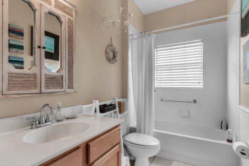 13025-Lake-Roper-Ct--Windermere--FL-34786---28---Bathroom.jpg