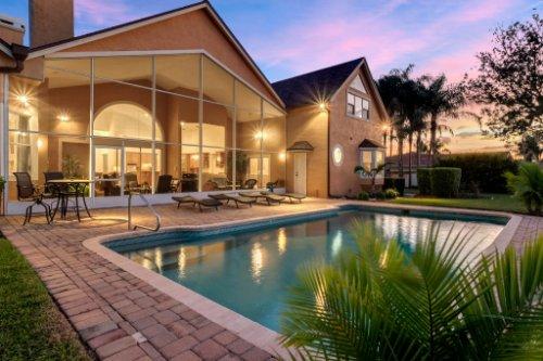 7014-Lake-Willis-Dr--Orlando--FL-32821----05---Pool-Twilight.jpg