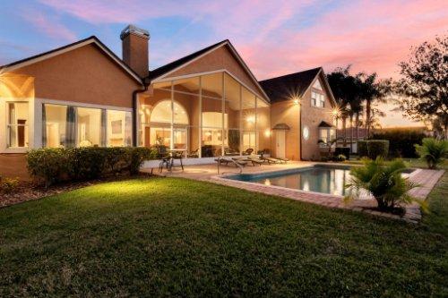 7014-Lake-Willis-Dr--Orlando--FL-32821----06---Pool-Twilight.jpg