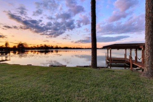 7014-Lake-Willis-Dr--Orlando--FL-32821----07---Dock-Twilight.jpg