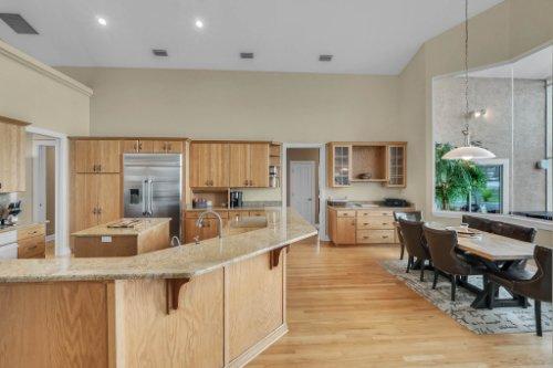 7014-Lake-Willis-Dr--Orlando--FL-32821----18---Kitchen.jpg